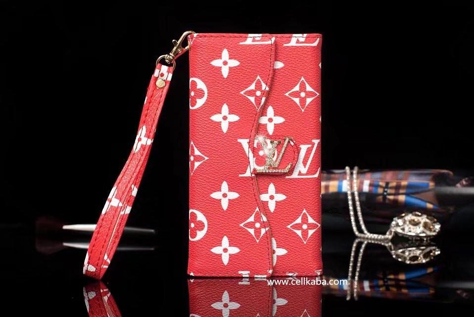 個性且つスタイリッシュのブランドLV GUCCI iphone8ケース、カード収納、ストラップ付きのルイヴィトンアイフォン7手帳カバー、伝統ある品質性の高さから、男女に愛用されています。