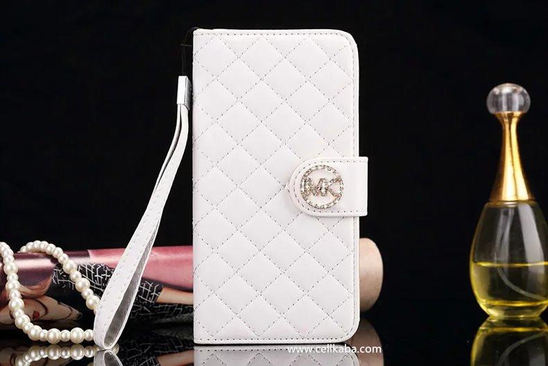 マイケル・コース(MICHAEL KORS) ブランドからの人気作品iphone8ケース iphone7手帳ケース、欧米ファッション、セレブ愛用!マグネット式のダイアリー手帳型カバー、デザインがオシャレ!