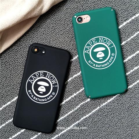 アメリカファッションブランドAape iphone8カバー、ポップ風ロゴ柄、かっこいいで大人気、激薄な体験を加えて、放熱効果がよくて、使い心地も最高!男性女性のペア用品も対応できるsupreme iphone7 plusケース!
