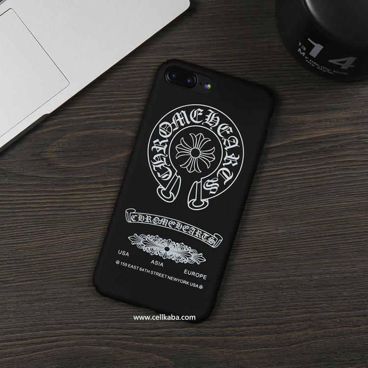 おしゃれなブランドクロムハーツ iPhone8 plusケースiphone7カバーはかっこいいなデザインで販売中、衝撃が耐えるし、放熱効果の抜群なハードケースです。
