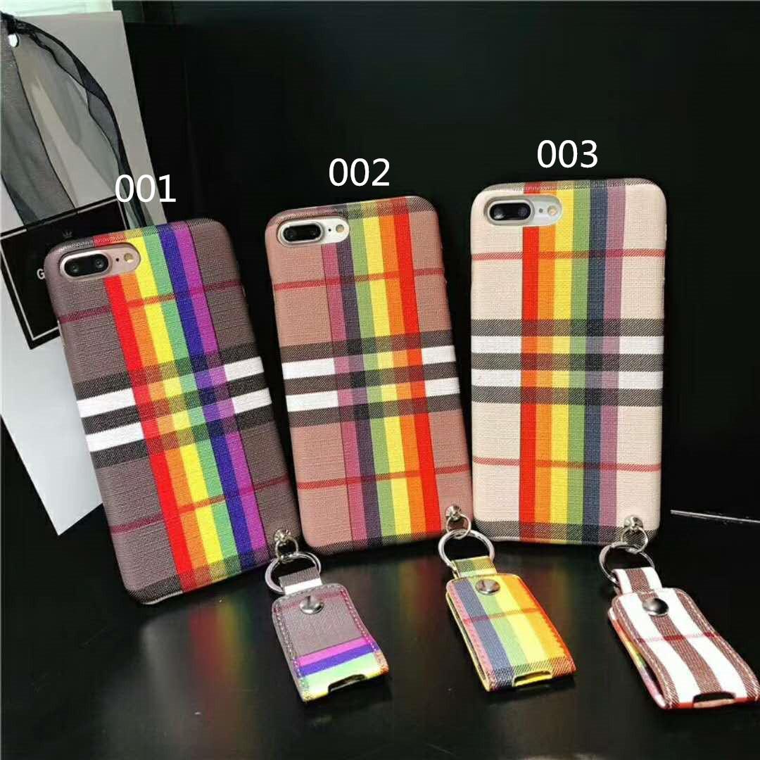 ファッションなバーバリー アイフォン8/7 プラス スマホケースは伝統的な風格を維持しておしゃれな風格を増加して素晴らしい製品を作ります。