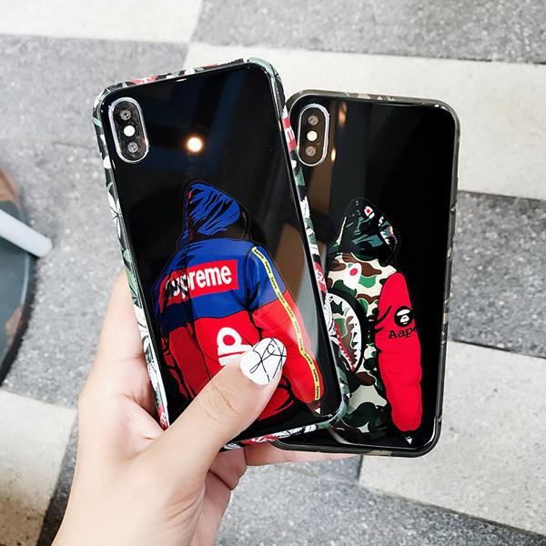 シュプリームiPhoneX/8/7plus 背面ガラスジャケットケースです、高級な光沢感持ちガラス面、おしゃれなロゴ付き、ストリートで大人気、男女問わず愛用しているSUPREME iPhone7/6plusカバー!