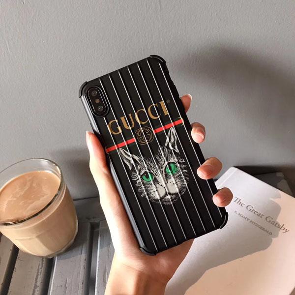グッチ iphoneXS MAXケース