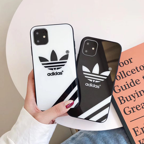 adidas iphone11proケース