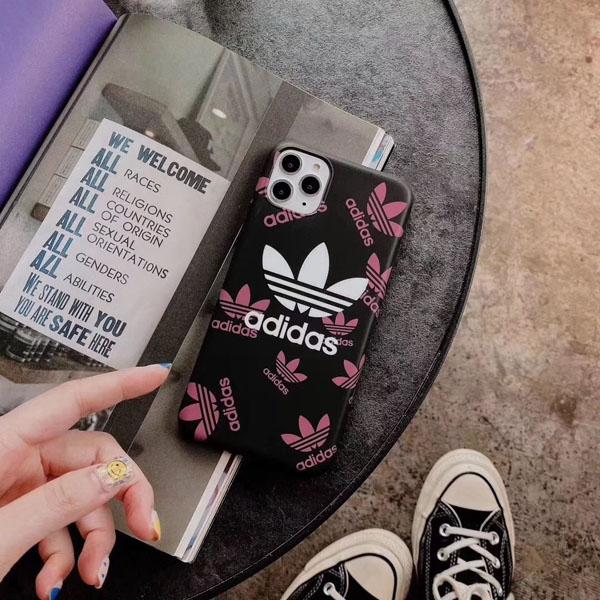 アディダス iphone11proケース